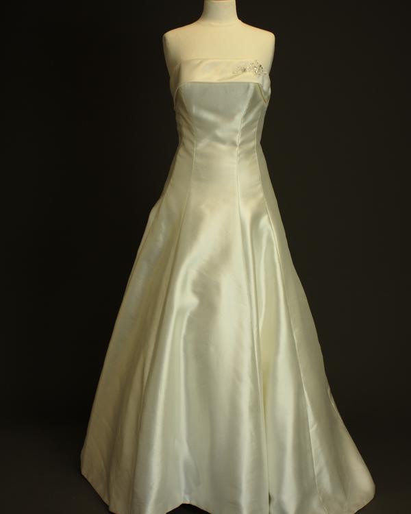Elisée robe de mariée d'occasion de Pronovias Jolies