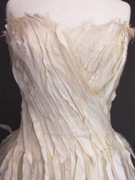 Elise la mariée à bicyclette - robe de mariée occasion - Mieke Cosijn bustier