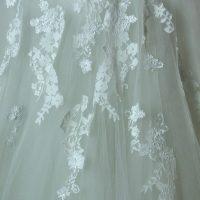 Frederique - Pronovias - detail dentelle - la mariée à Bicyclette - robe de mariée occasion