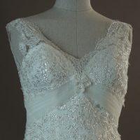 Lucy - Miss Kelly - detail devant - la mariée à Bicyclette - robe de mariée occasion