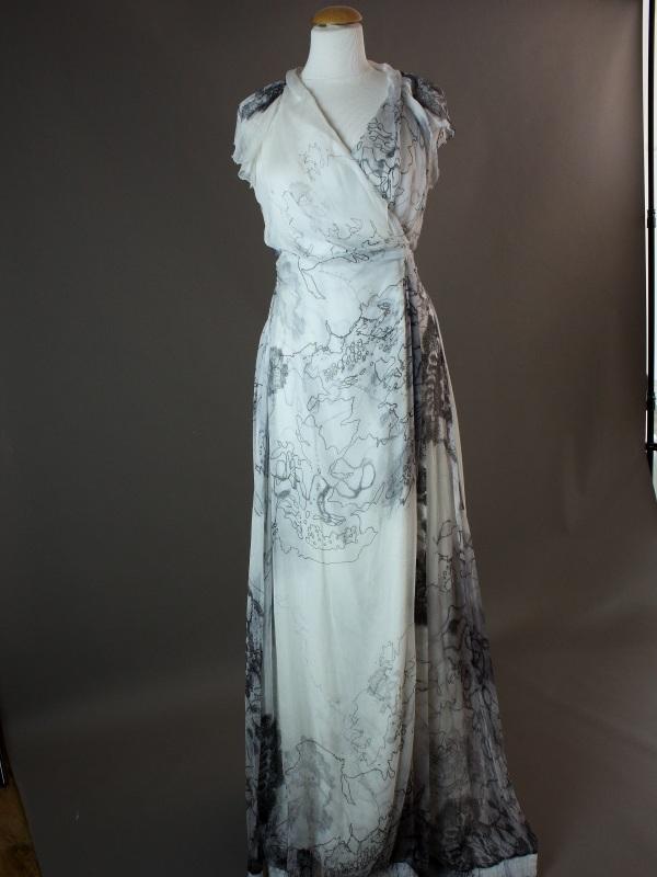 Laure - Chine - devant - la mariée à Bicyclette - robe de mariée occasion