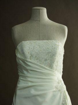 Francoise - Tomy Mariage - detail devant - la mariée à Bicyclette - robe de mariée occasion