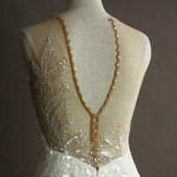 Eve - Aire Beach - detail dos - la mariée à Bicyclette - robe de mariée occasion