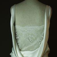 Catroux - Charlie Brear - La mariee à bicyclette - robe de mariée d'occasion - detail dos