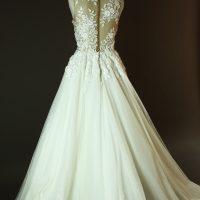 Diouma - Pronovias - Taciana - La mariee à bicyclette - robe de mariée occasion - dos