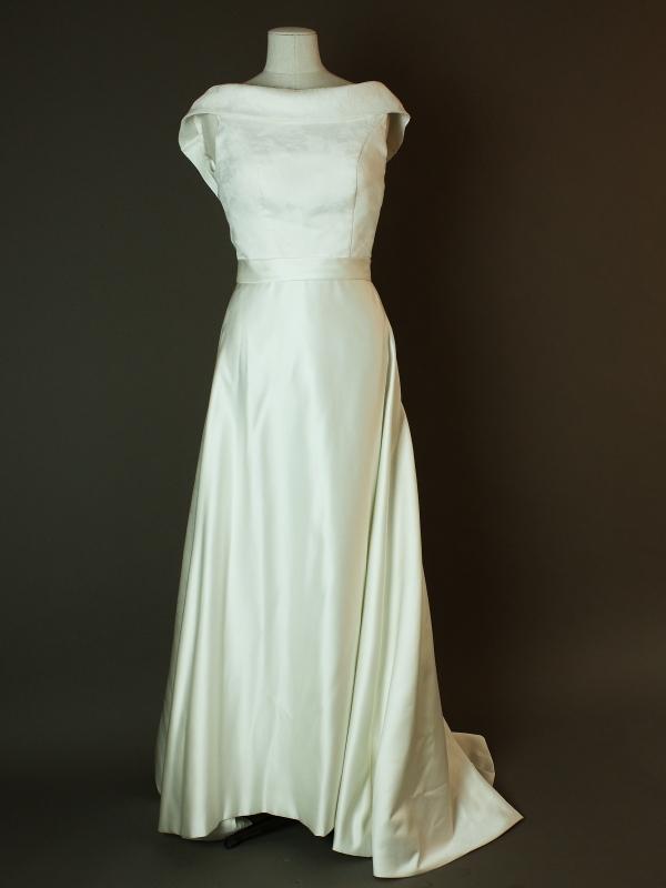 Fabiola - Pronuptia - Varenne - La mariee à bicyclette - robe de mariée occasion - devant