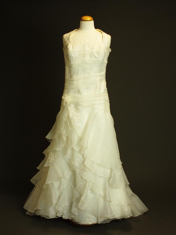 Micheline la mariée à bicyclette dépôt vente de robes de mariée d'occasion Pronuptia
