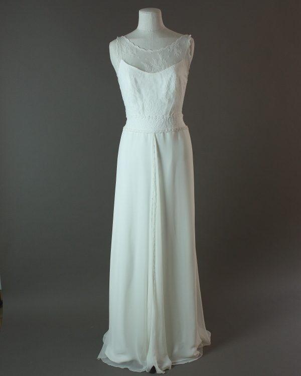 Frisson - Rembo Styling - La mariée à bicyclette - robe de mariée d'occasion - devant